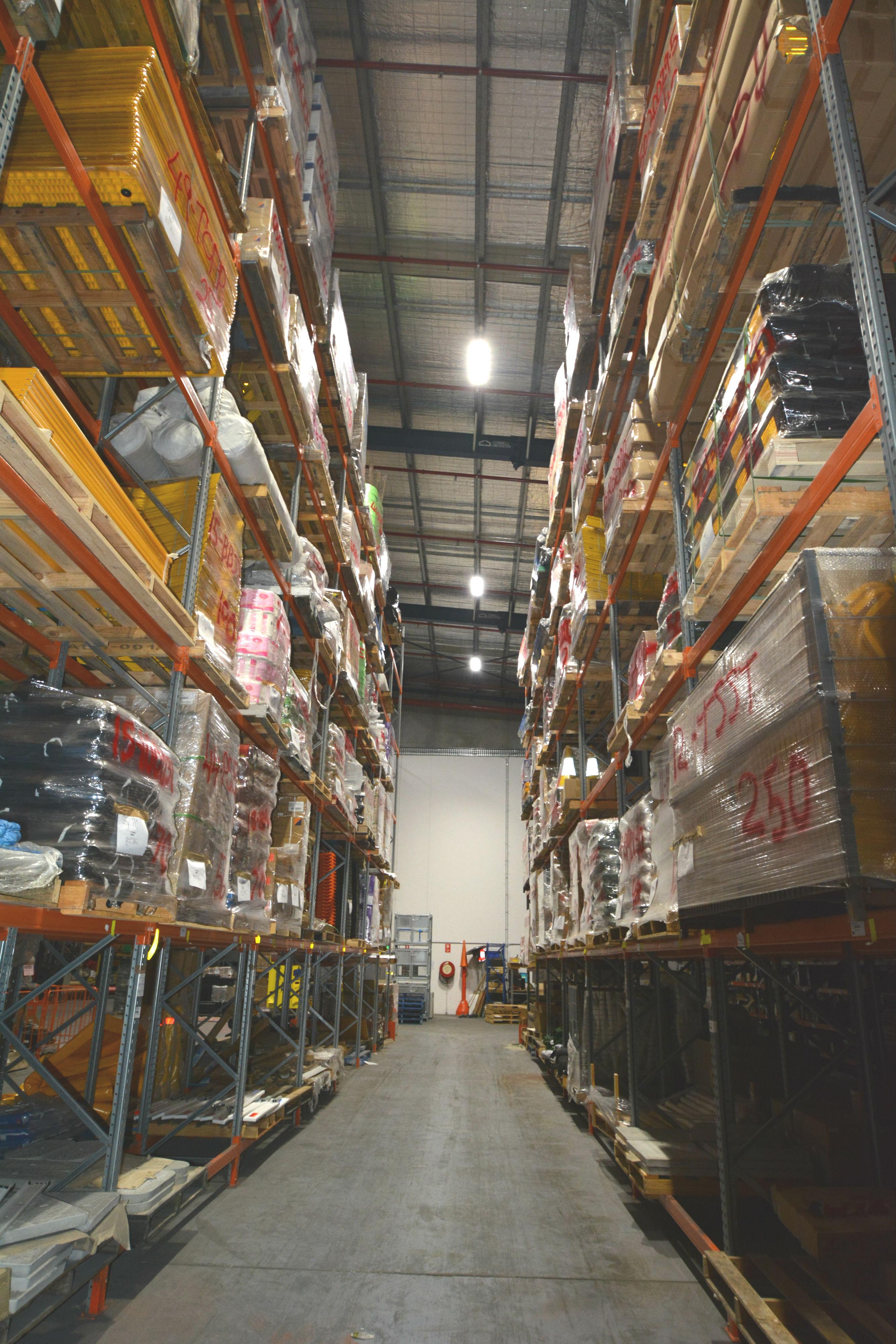 Jaybro Warehouse - LED Weatherproof Batten Lighting
