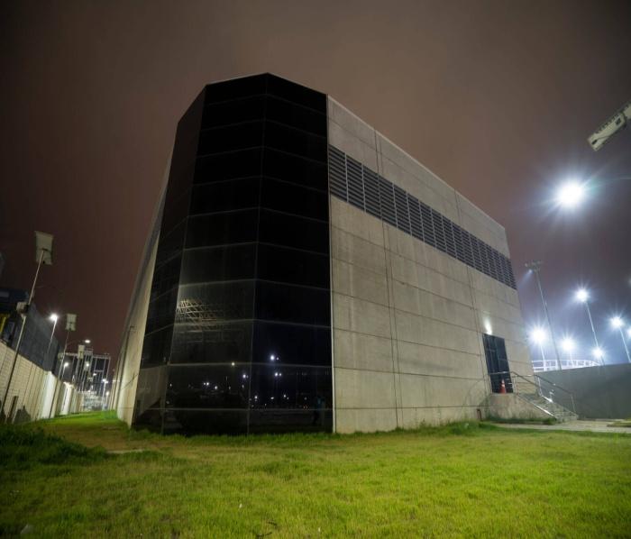 20 Watt LED Surface Mount Batten Light in Carpark